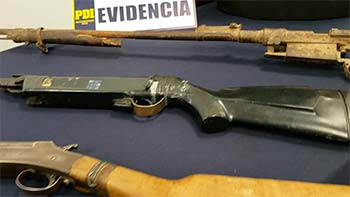 PDI detiene a sujetos que intimidaban a vecinos con armas de fuego