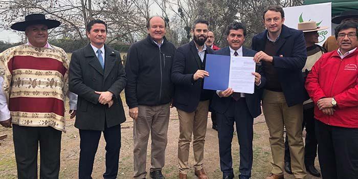 Seremi de Bienes Nacionales entrega terreno a municipalidad de Chimbarongo para futuro Parque Criollo