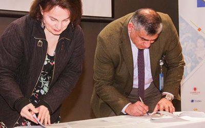Servicio de Salud firma compromiso de acreditar en equidad de género en 2019