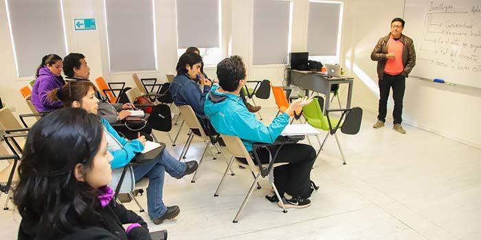Académicos de Educación de la UOH capacitan para la formación cultural y artística