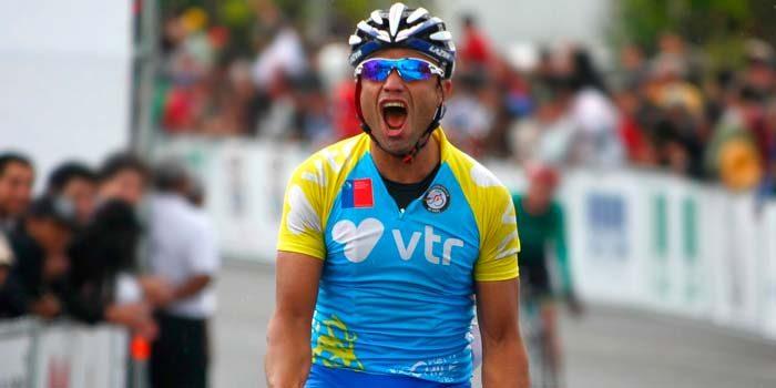 Ciclista Antonio Cabrera recibe nueva bicicleta con fondos del alto rendimiento