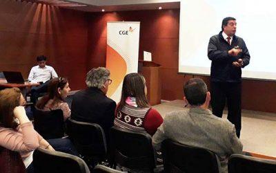 Dirigentes sociales de Rancagua conoce más sobre temas eléctricos