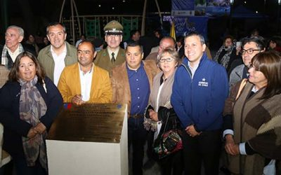 Intendente inaugura en Peumo proyectos social y deportivo que beneficiarán a toda la comunidad
