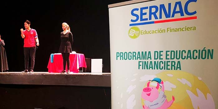 Sernac O'Higgins promueve educación financiera en estudiantes con obra de teatro