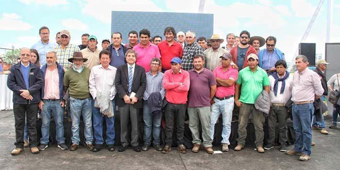 Agricultores de la región tienen la posibilidad de vender sus productos en mercado Lo Valledor