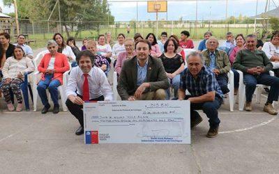 Agrupaciones sociales de Colchagua reciben fondo Presidente de la República