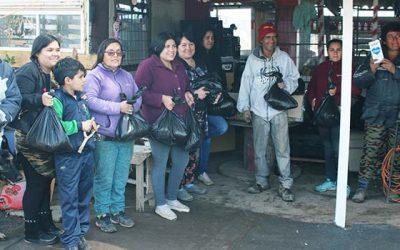 Campamento Ribera del Río recibe ayuda solidaria del Hospital Regional