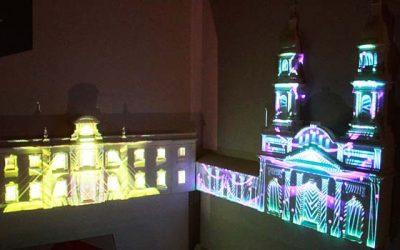 Comenzó exposición de maquetas iluminadas con efectos láser