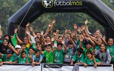 Fundación Fútbol Más: un premio al trabajo en los barrios de la vi región y el país