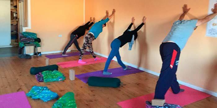 Hospital de Pichilemu potencia la práctica de Yoga en pacientes de salud mental