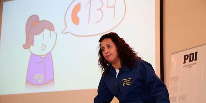 PDI de Rancagua presenta cuento para niños creado por detective