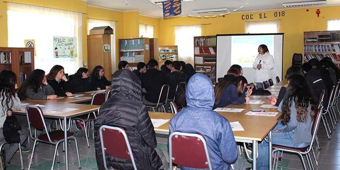 Salud Machalí efectúa diálogo participativo junto a estudiantes de enseñanza media