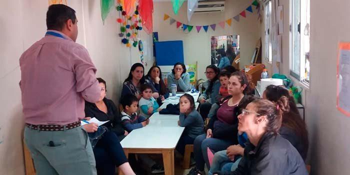 Senda Previene Pichilemu realiza taller de habilidades preventivas parentales