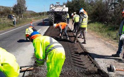 Seremi MOP inspecciona nueva tecnología de asfalto espumado aplicada en la Región