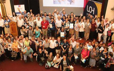 Académicas y académicos UOH capacitan a adultos mayores en salud y calidad de vida