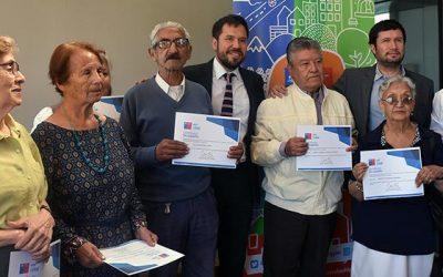 Adultos mayores reciben Subsidio de Arriendo del Minvu OHiggins