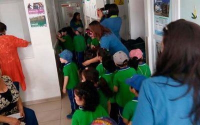 Escuela de Lenguaje San Benito visita y aprende las principales funciones del Cecosf Santa Teresa