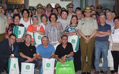 Exitoso seminario realiza carabineros con juntas de vecinos y organizaciones comunitarias