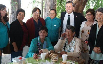 Gobierno firma compromiso por ciudades amigables que incluyan socialmente a los adultos mayores