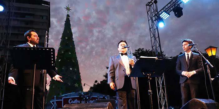 Rancagua iluminó su árbol de Navidad