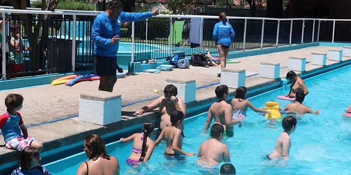 Comienzan los cursos gratuitos de natación inclusiva