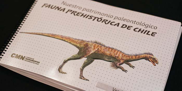 Diseñan libro en braille Fauna prehistórica de Chile