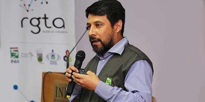 INIA y SAG refuerzan capacitación a agricultores para enfrentar mosca de alas manchadas