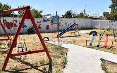 Juegos infantiles en residencia para menores de edad de Rengo