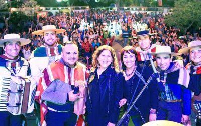 Masiva celebración del día del roto chileno en Palmilla
