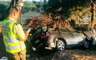 Menor de edad muere en colisión frontal en Pichilemu