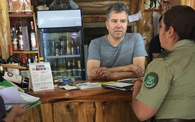 Realizan fiscalización preventiva a dueños de patentes de alcohol de la comuna