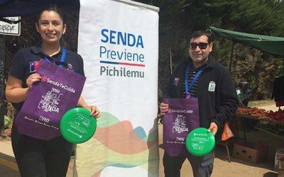 Senda Previene Pichilemu visita feria libre para difundir campaña verano libre de drogas