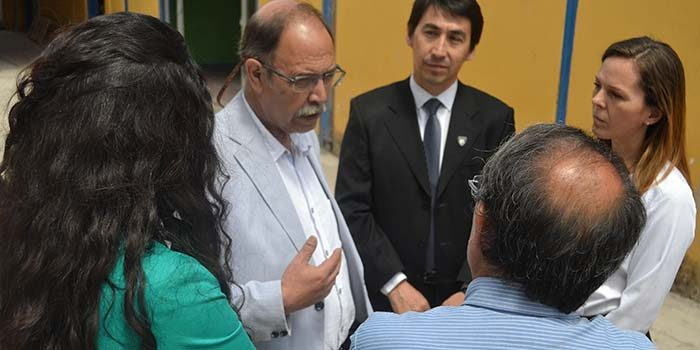 Seremi de Educación da a conocer convenio de equipamiento en Instituto Politécnico de Santa Cruz