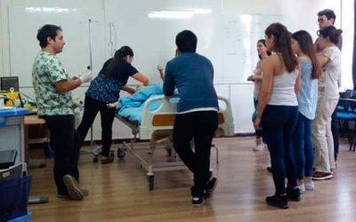 Alianza estratégica con UC del Maule potencia a profesionales del Hospital de Santa Cruz