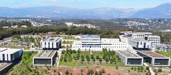 Delegación de Universidad francesa visita la UOH para analizar futuras colaboraciones