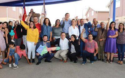 Entregan viviendas a 145 familias de Graneros