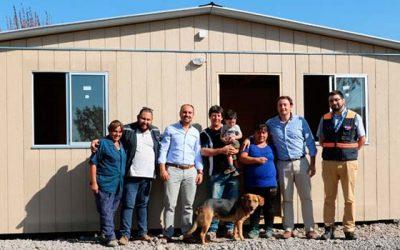 Familias de Puente Negro recibieron viviendas de emergencia