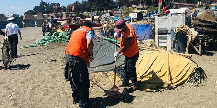 Gobernación de Cardenal Caro organiza Limpieza de Playa Las Terrazas de Pichilemu