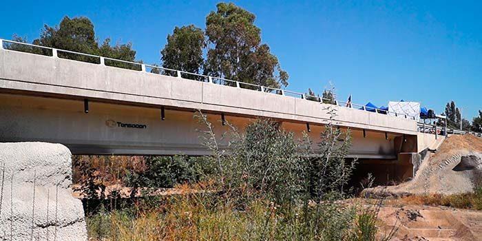 Inauguración de anhelado puente mejora condiciones de vida en apartada localidad de Cardenal Caro