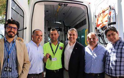 Intendente tras entregar 23 nuevas ambulancias para la región Queremos realizar una cirugía mayor a la salud