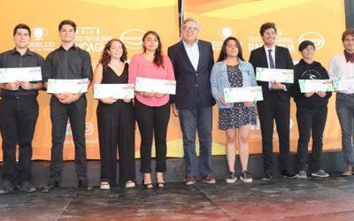 Rancagua entrega becas a 11 estudiantes de música