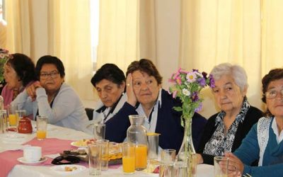 Adultos mayores de Requínoa se vinculan con la sociedad gracias al programa Vínculos