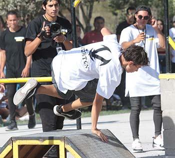 Más de 500 deportistas participan en primer campeonato de parkour en Rancagua