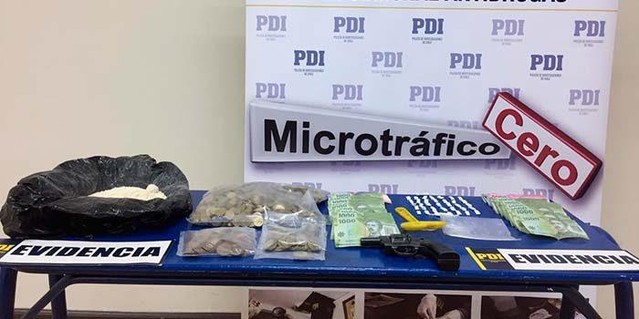 PDI efectúa entradas y registros a tres domicilios por drogas en San Vicente de Tagua Tagua