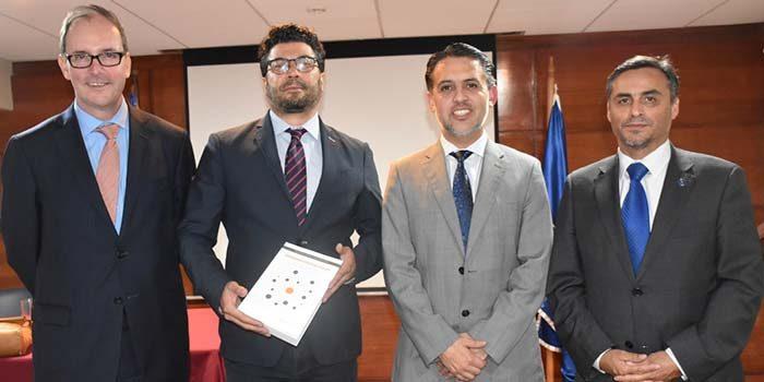 Presidente de la Corte de Apelaciones de Rancagua encabeza presentación de libro Remedios contractuales