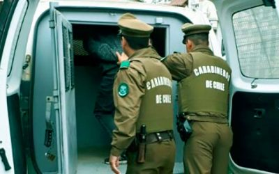 Carabineros detiene a cuatro adultos tras robar en restaurant de Peumo