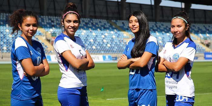 Estudiantes de la UOH que brillan en el fútbol profesional femenino