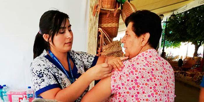 Hospital de Chimbarongo invita a vacunarse contra la Influenza