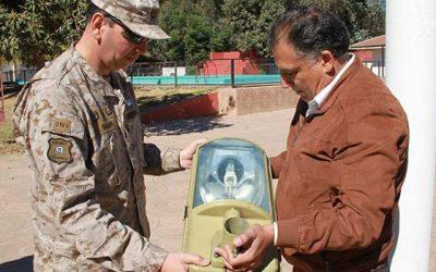 Municipalidad de San Fernando dona luminarias al Regimiento Colchagua
