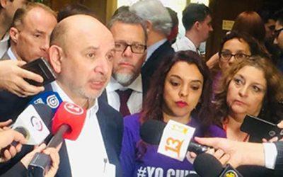 Diputado Castro pide al Gobierno garantizar apoyo en salud mental de cuidadores de personas con Alzheimer y de pacientes postrados